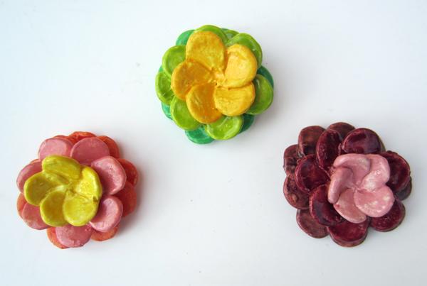 Tri-color ceramic dahlias